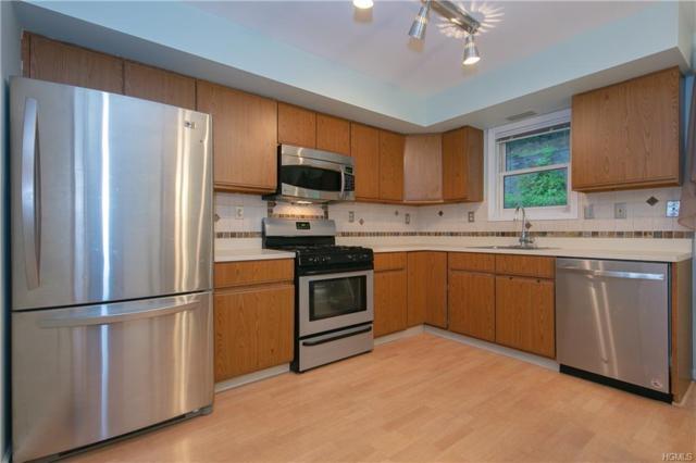 70 Foltim Way, Congers, NY 10920 (MLS #4934335) :: Mark Boyland Real Estate Team