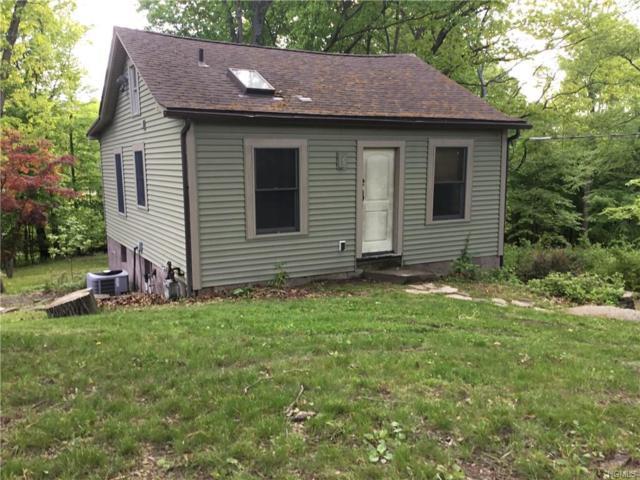 35 Brookside Avenue, Valley Cottage, NY 10989 (MLS #4935818) :: Mark Boyland Real Estate Team