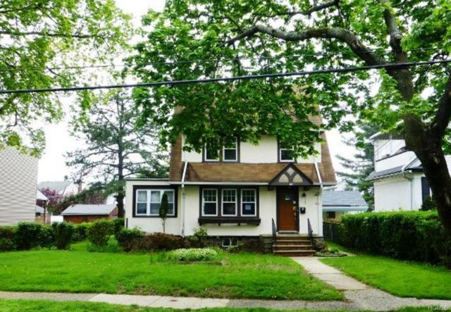46 Stephenson Boulevard, New Rochelle, NY 10801 (MLS #4938236) :: Marciano Team at Keller Williams NY Realty