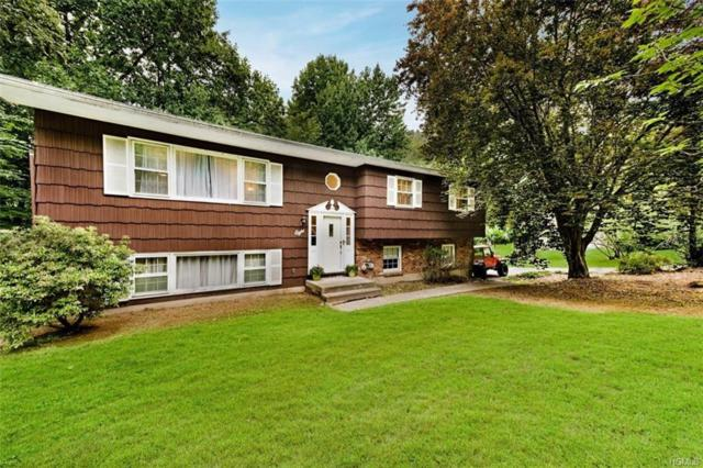 8 Imperial Lane, Chestnut Ridge, NY 10977 (MLS #4939382) :: Mark Boyland Real Estate Team