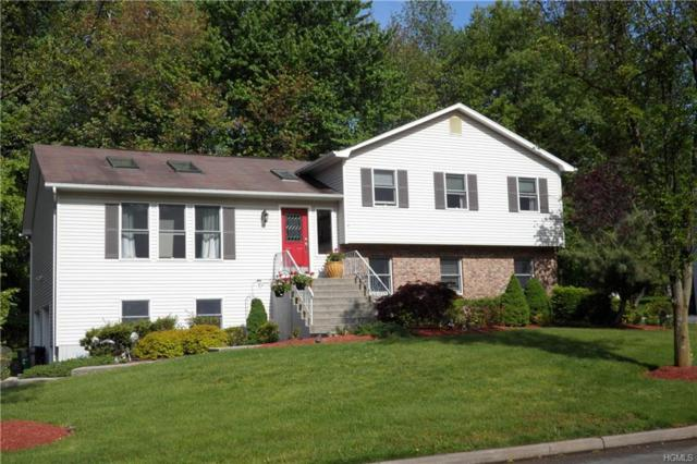 21 Wachs Way, Valley Cottage, NY 10989 (MLS #4939841) :: Mark Boyland Real Estate Team