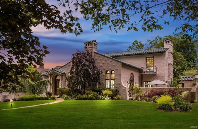 22 Club Way, Hartsdale, NY 10530 (MLS #4945507) :: Mark Boyland Real Estate Team