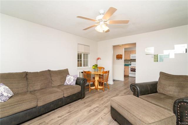 302 Fox Run Lane, Carmel, NY 10512 (MLS #4948832) :: Mark Boyland Real Estate Team