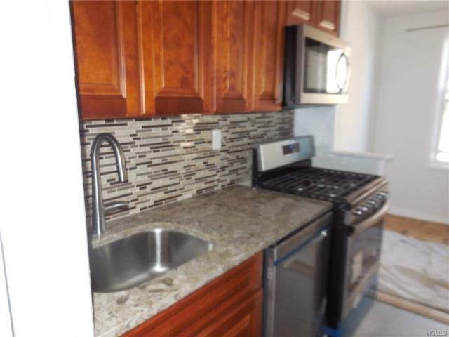 345 Bronx River Road 3B, Yonkers, NY 10704 (MLS #4954023) :: William Raveis Baer & McIntosh