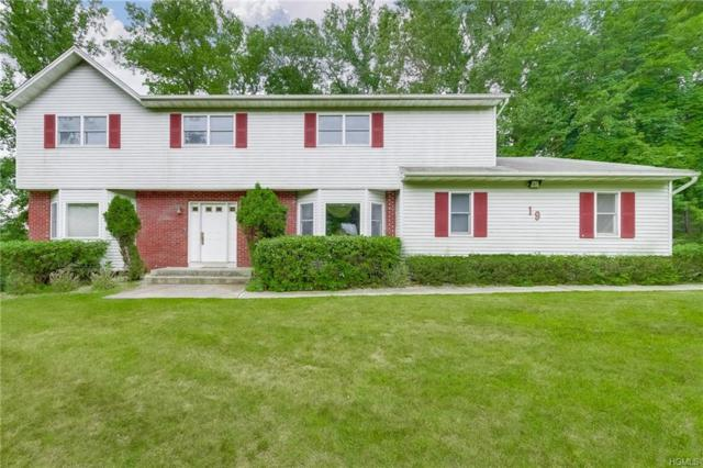 19 Algonquin Circle, Airmont, NY 10952 (MLS #4984995) :: William Raveis Legends Realty Group