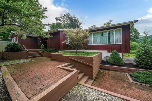 28 Woodhaven Drive, New City, NY 10956 (MLS #4987092) :: William Raveis Legends Realty Group