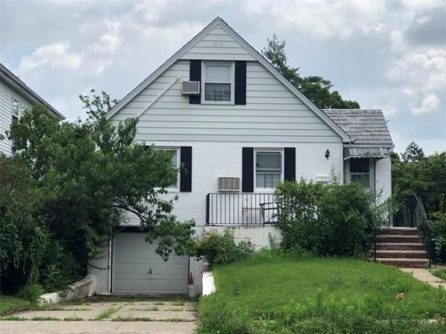 69-45 182nd Street, New York, NY 11365 (MLS #4988216) :: Mark Boyland Real Estate Team