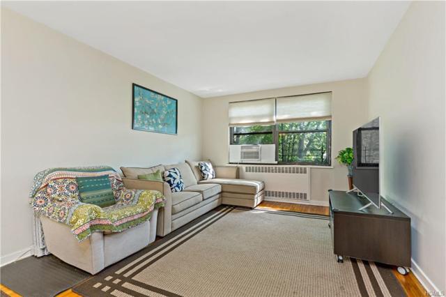 69 Rockledge Road 2A, Hartsdale, NY 10530 (MLS #4992942) :: Mark Boyland Real Estate Team