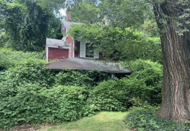 460 Ridge Road, Hartsdale, NY 10530 (MLS #4996194) :: Mark Boyland Real Estate Team
