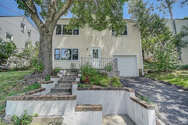 74 S Hillside Avenue, Elmsford, NY 10523 (MLS #5000035) :: Mark Boyland Real Estate Team