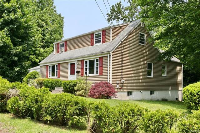 4 Lang Terrace, Pearl River, NY 10965 (MLS #5019292) :: Mark Boyland Real Estate Team