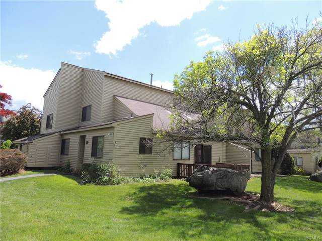 35 Sycamore Court, Highland Mills, NY 10930 (MLS #5052430) :: The McGovern Caplicki Team