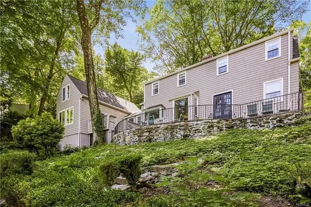 15 Woodland Place, Chappaqua, NY 10514 (MLS #5063289) :: Mark Boyland Real Estate Team