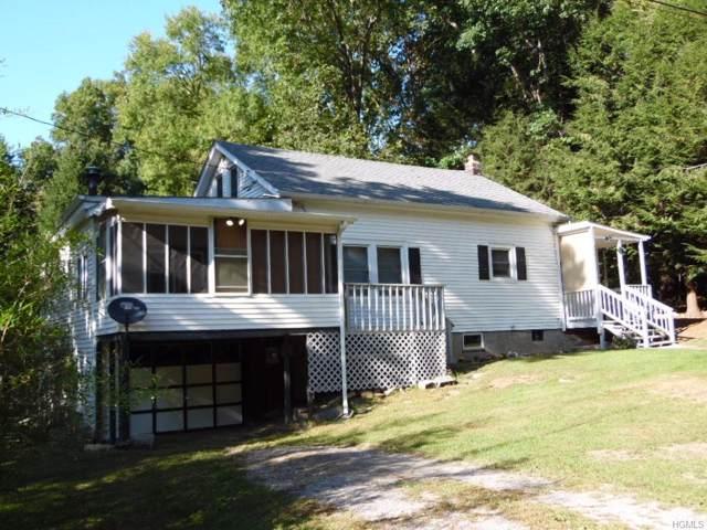 5 Rogers Lane, Carmel, NY 10512 (MLS #5072794) :: Mark Boyland Real Estate Team
