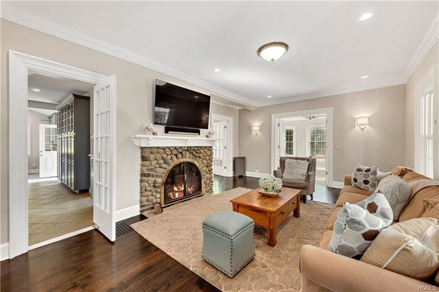 41 Carman Road, Scarsdale, NY 10583 (MLS #5079332) :: Shares of New York