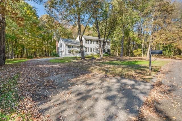 2 Appian Lane, Katonah, NY 10536 (MLS #5081742) :: Mark Seiden Real Estate Team