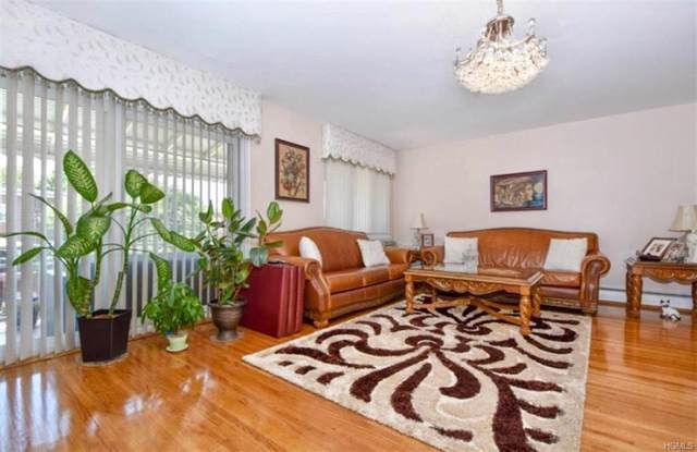2451 Wilson, Bronx, NY 10469 (MLS #5101149) :: Mark Boyland Real Estate Team