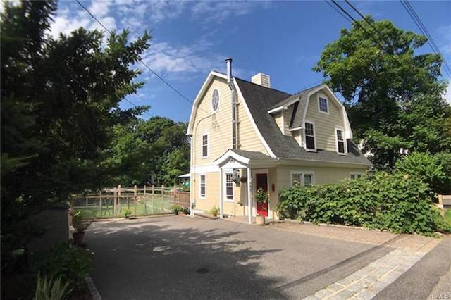 92 Ridgewood Terrace, Chappaqua, NY 10514 (MLS #5117400) :: Shares of New York