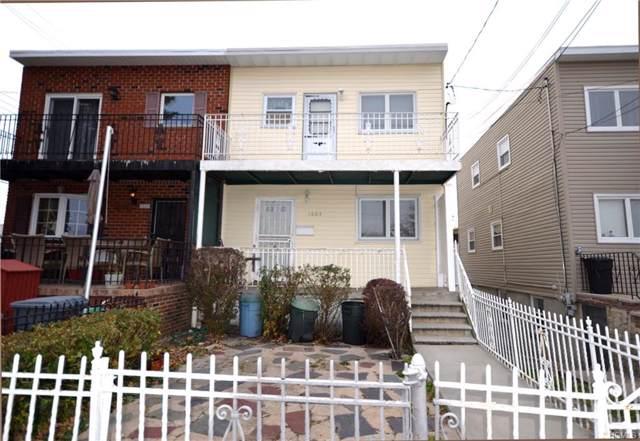 1603 Bayshore Avenue, Bronx, NY 10465 (MLS #5119789) :: Mark Boyland Real Estate Team