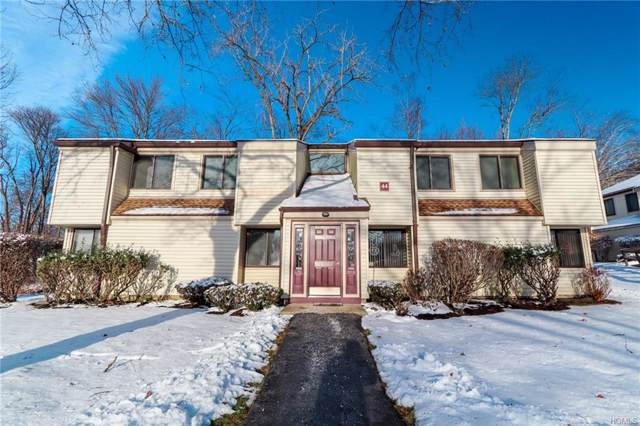 44 Jefferson Oval A, Yorktown Heights, NY 10598 (MLS #5123674) :: The McGovern Caplicki Team