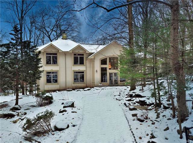 27 Sky Meadow Road, Suffern, NY 10901 (MLS #5124596) :: The Anthony G Team