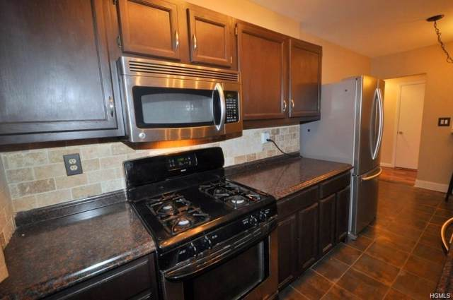 312 Main 1F, White Plains, NY 10601 (MLS #5125274) :: The McGovern Caplicki Team