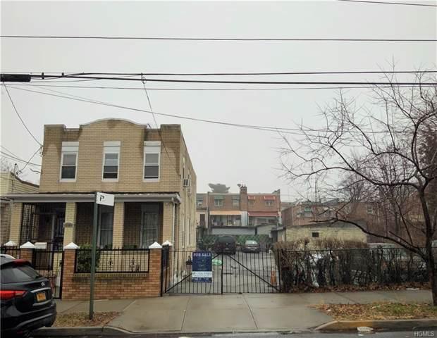 1123 E 211th Street, Bronx, NY 10469 (MLS #5130103) :: Marciano Team at Keller Williams NY Realty