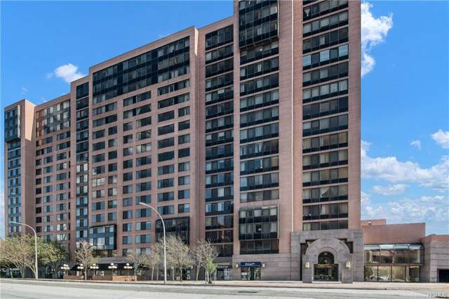 4 Martine Avenue #721, White Plains, NY 10606 (MLS #6000588) :: Mark Boyland Real Estate Team