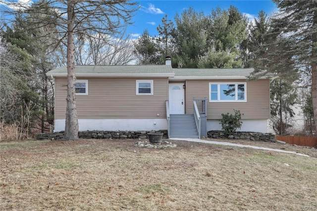 2 Cresthill Lane, Poughkeepsie, NY 12601 (MLS #6003392) :: Mark Boyland Real Estate Team