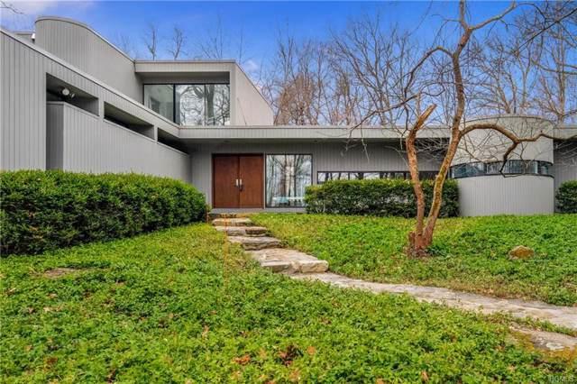 130 Old Roaring Brook Road, Mount Kisco, NY 10549 (MLS #6003631) :: Mark Boyland Real Estate Team