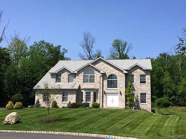 17 Biret Drive, Airmont, NY 10952 (MLS #6005273) :: Mark Seiden Real Estate Team