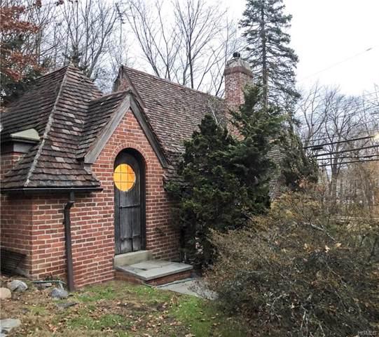 2 Hunting Ridge Road, White Plains, NY 10605 (MLS #6008849) :: Mark Boyland Real Estate Team