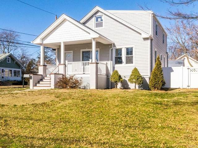 115 Martin Place, Pearl River, NY 10965 (MLS #6012422) :: William Raveis Baer & McIntosh