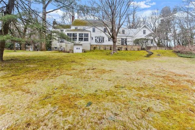 17 Tinker Lane, Greenwich, CT 06830 (MLS #6012989) :: William Raveis Legends Realty Group