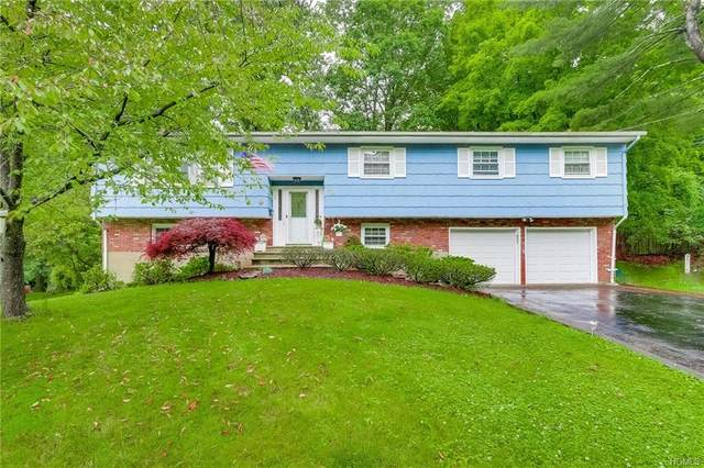 29 Twin Lakes Drive, Airmont, NY 10952 (MLS #6013759) :: William Raveis Baer & McIntosh