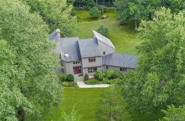 24 Waterbury Way, Pound Ridge, NY 10576 (MLS #6014071) :: Mark Boyland Real Estate Team