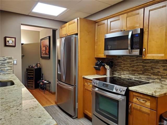 182 Sierra Vista Lane, Valley Cottage, NY 10989 (MLS #6014167) :: William Raveis Baer & McIntosh