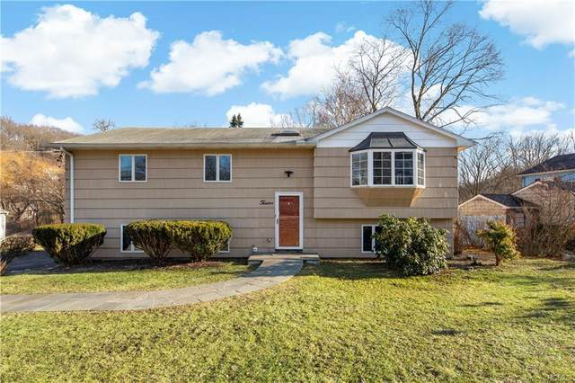 12 Lynwood Road, Cortlandt Manor, NY 10567 (MLS #6016845) :: The McGovern Caplicki Team