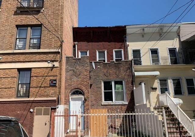 2068 Arthur Avenue, Bronx, NY 10457 (MLS #6016945) :: William Raveis Legends Realty Group