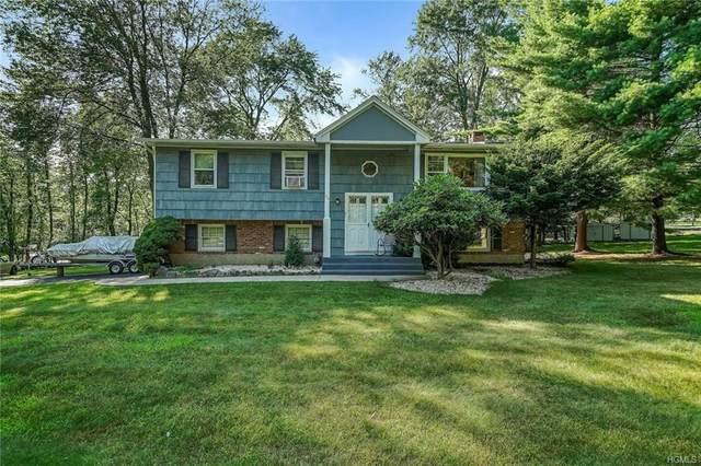 40 Smith Hill Road, Airmont, NY 10952 (MLS #6017604) :: Mark Boyland Real Estate Team
