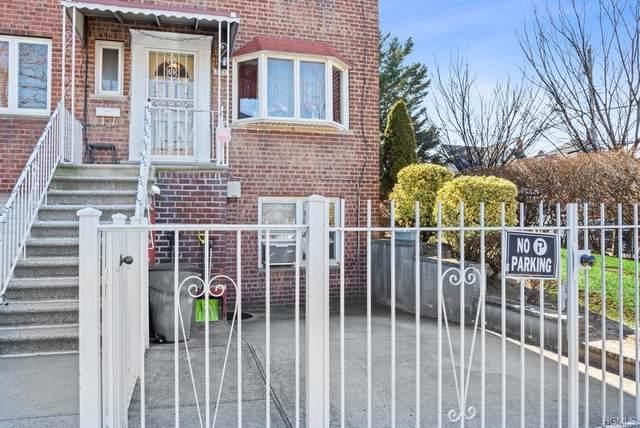 3228 Layton Avenue, Bronx, NY 10465 (MLS #6018223) :: Mark Boyland Real Estate Team