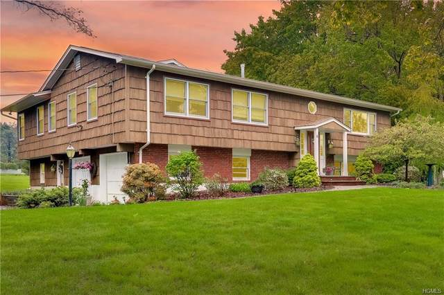 6 Ackerman Avenue, Airmont, NY 10901 (MLS #6018552) :: Mark Boyland Real Estate Team