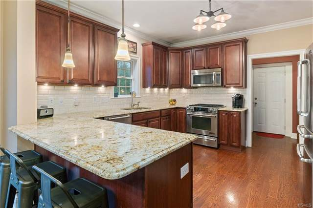 55 Sky Top Drive, Mount Pleasant, NY 10570 (MLS #H6022566) :: William Raveis Legends Realty Group