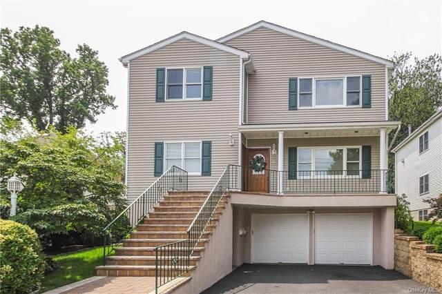 8 Davenport Street, Harrison, NY 10528 (MLS #H6005692) :: Frank Schiavone with William Raveis Real Estate