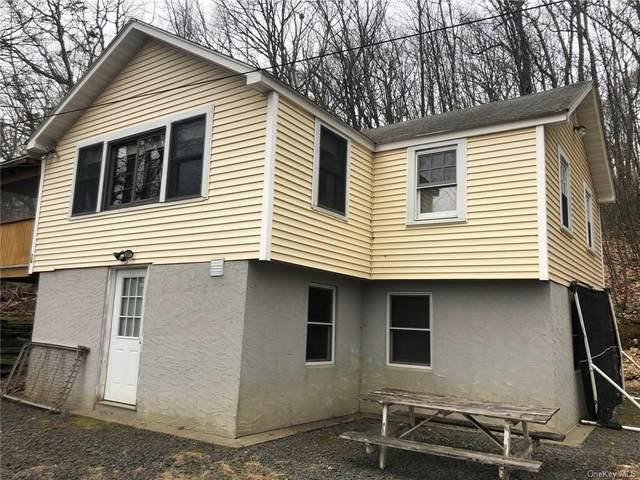 28 Cardinal Trail W, Wurtsboro, NY 12790 (MLS #H6022736) :: Mark Boyland Real Estate Team