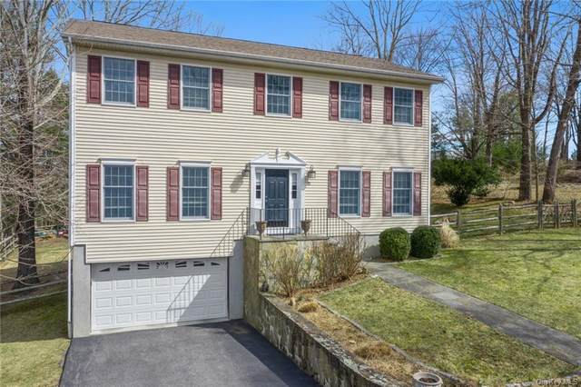 27 Howe Street, Lewisboro, NY 10590 (MLS #H6024767) :: Cronin & Company Real Estate