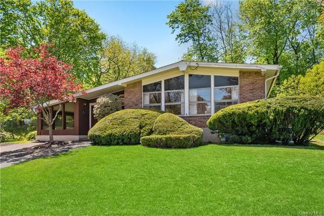 33 S Lexow Avenue, Clarkstown, NY 10954 (MLS #H6031689) :: William Raveis Baer & McIntosh