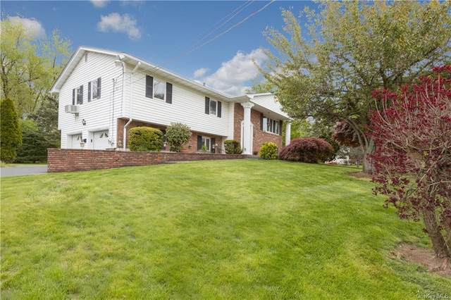 35 Bluefields Lane, Orangetown, NY 10913 (MLS #H6035987) :: Cronin & Company Real Estate