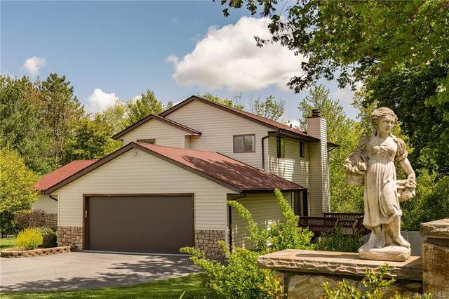41 Sherwood Hts, Wappinger, NY 12590 (MLS #H6037953) :: Cronin & Company Real Estate