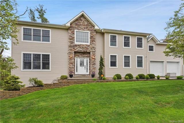 3 Oak Terrace, Clarkstown, NY 10956 (MLS #H6038702) :: Cronin & Company Real Estate